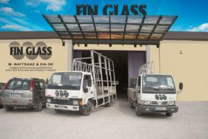 fin_glass